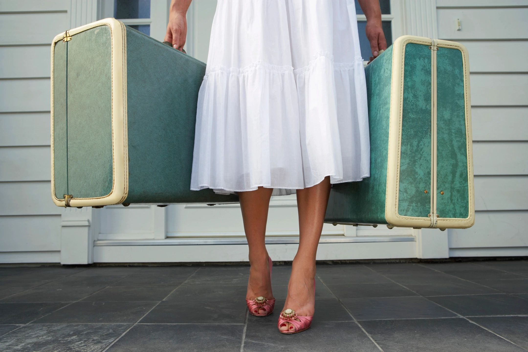 4 Important Tasks to Carry Out Before Going on Vacation